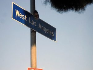 Learn English at our West Los Angeles area ESL English classes. Aprende inglés en nuestro clases de inglés ESL en el área de West Los Angeles.